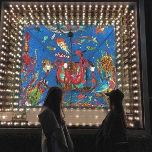 bloomingdales-nyc-christmas-display